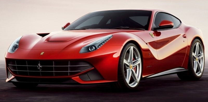 F12berlinetta – IPVA de Ferrari dar Para Comprar 2 Carros Sedãs Médios