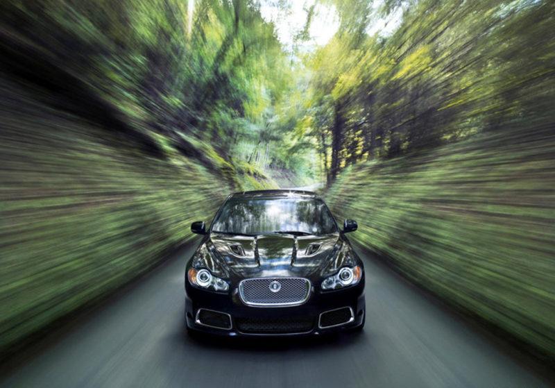 Jaguar-XFR-preto-frente