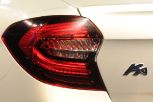 ford ka-sedan-2014-farol