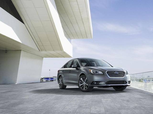 subaru legacy-sedan-esportivo